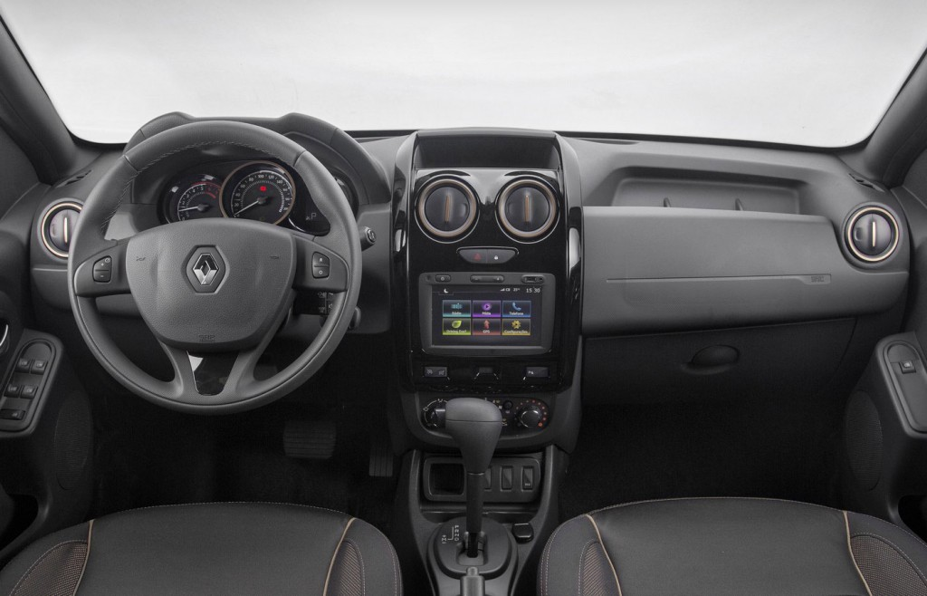 Самостоятельная замена салонного фильтра Renault Duster