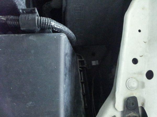 как заменить воздушный фильтр Mazda CX-7