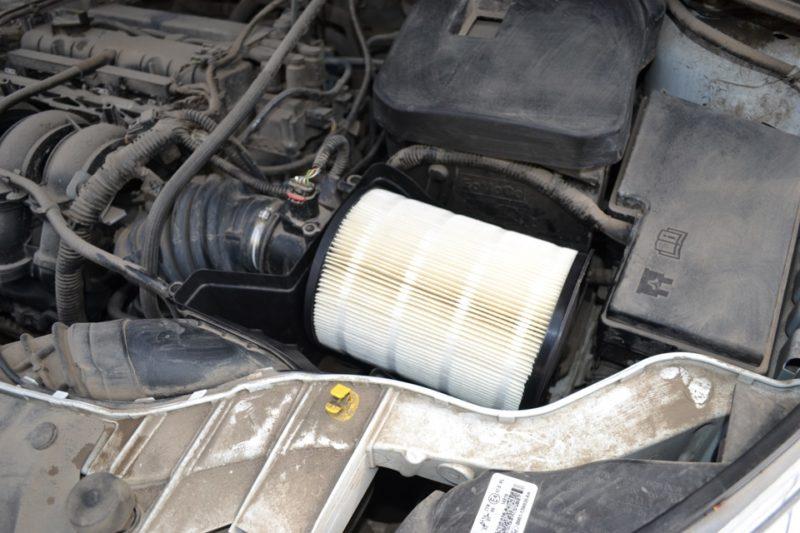новый фильтр Ford 1708877