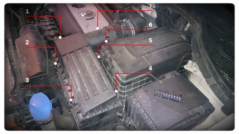 как заменить фильтр воздушный на Тигуане