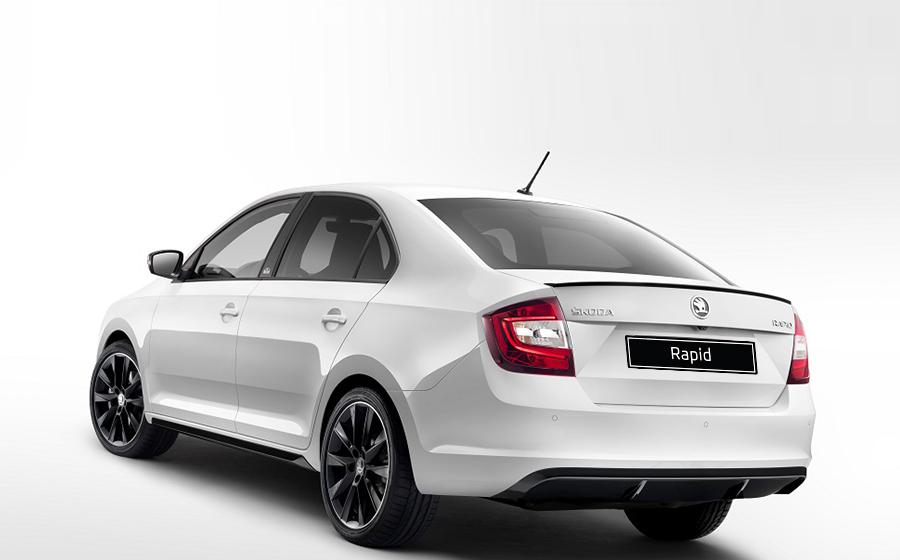 Замена салонного фильтра  Škoda Rapid с 2012 г.в.