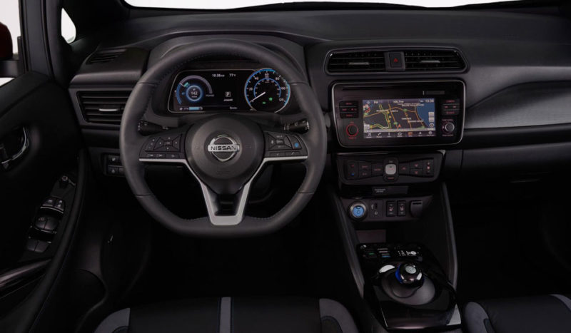 Nissan Leaf 2018 салон
