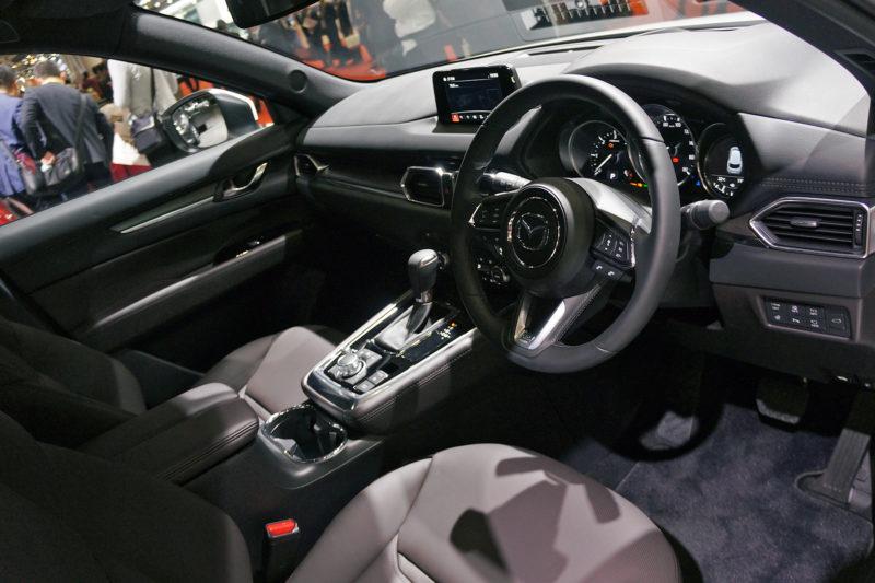 Mazda CX-8 салон