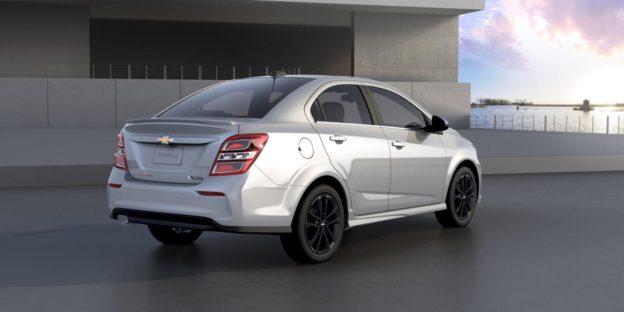 Chevrolet Aveo T300 замена салонного фильтра