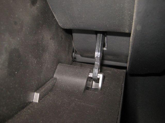 замена фильтра салона мазда 6 GJ