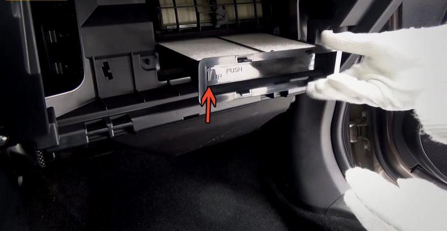 инструкция по замене фильтра салона Subaru Forester 4