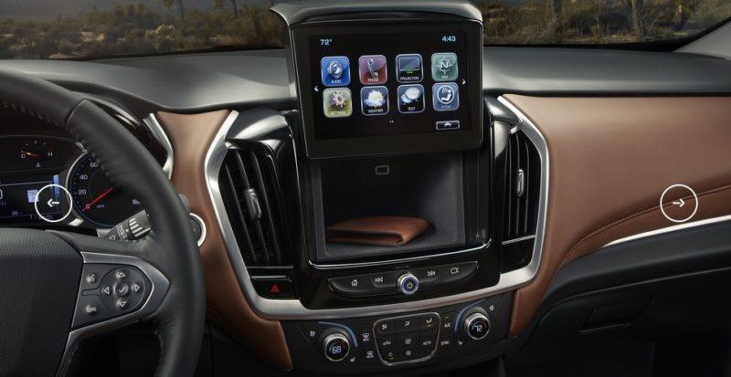 салон нового Chevrolet Traverse 2018