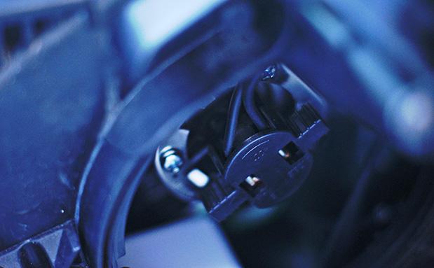 Как заменить лампу ближнего света хендай I30