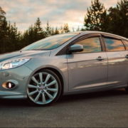 Снятие переднего бампера Ford Focus 3