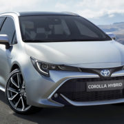 Новый универсал Toyota Corolla Touring Sports 2019