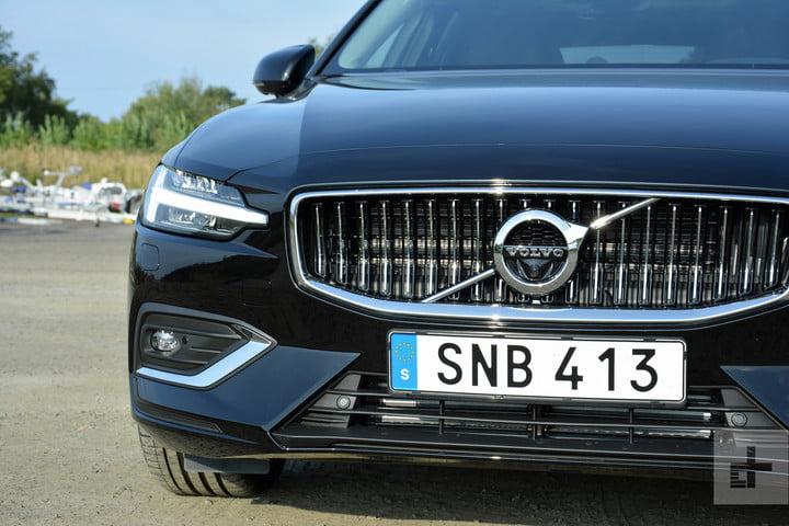 Новый универсал Volvo V60 2019