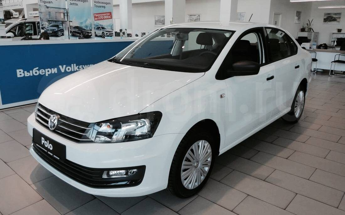 замена ламп ближнего света VW Polo с 2009 г.в.