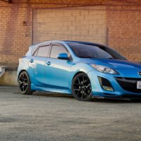 Замена салонного фильтра Mazda 3 BL 2009-2013 г.