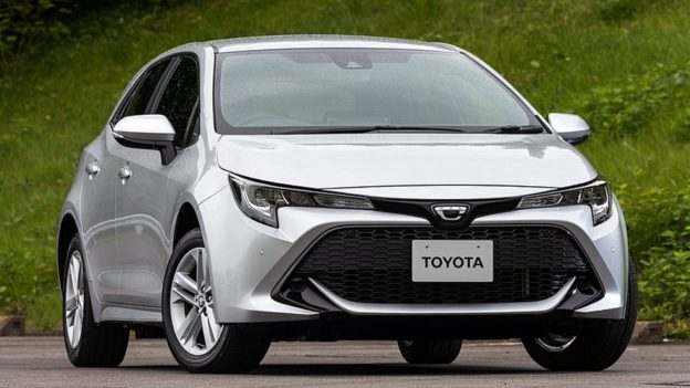 Хэтчбек Toyota Corolla E170